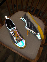 Load image into Gallery viewer, Fen Luminous Sneakers  3Colors