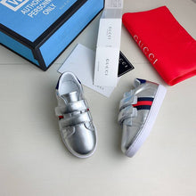 Load image into Gallery viewer, G Kids Sneakers Silver