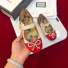 Load image into Gallery viewer, gucci kids shoes