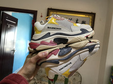 Load image into Gallery viewer, Balenciaga Triple S Rose Sneakers