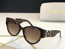 Load image into Gallery viewer, Versace Sunglasses