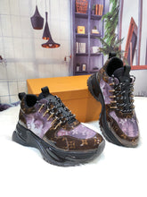 Load image into Gallery viewer, L Leather Sneaker Pulse 3 Colors