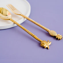 Load image into Gallery viewer, the palm lyfe l sustainable solid brass pineapple fork