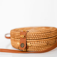 Load image into Gallery viewer, the palm lyfe l unique round woven cross-body rattan bag 20x7cm