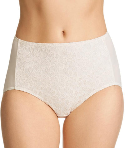 "Jockey No Ride Up Microfibre and Lace Full Brief - Cream ""Front"""
