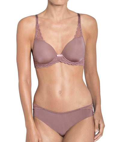 Triumph Amourette Spotlight Balconette T-Shirt Bra - Brown - Light Combination - Model