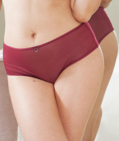 Curvy Kate Victory Short - Wine - Model - 2