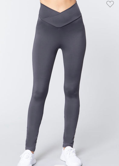 V Trim Athletic Leggings