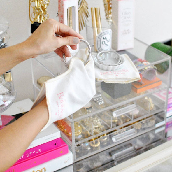 Glitzy Glove Jewelry Cleaner