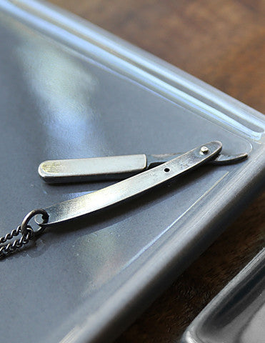 Straight Razor Necklace - Brooklyn Grooming