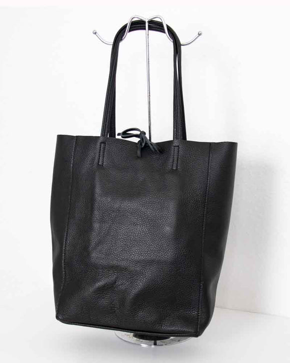 Lottie & Moll Ladies Black Leather Shopping Bag