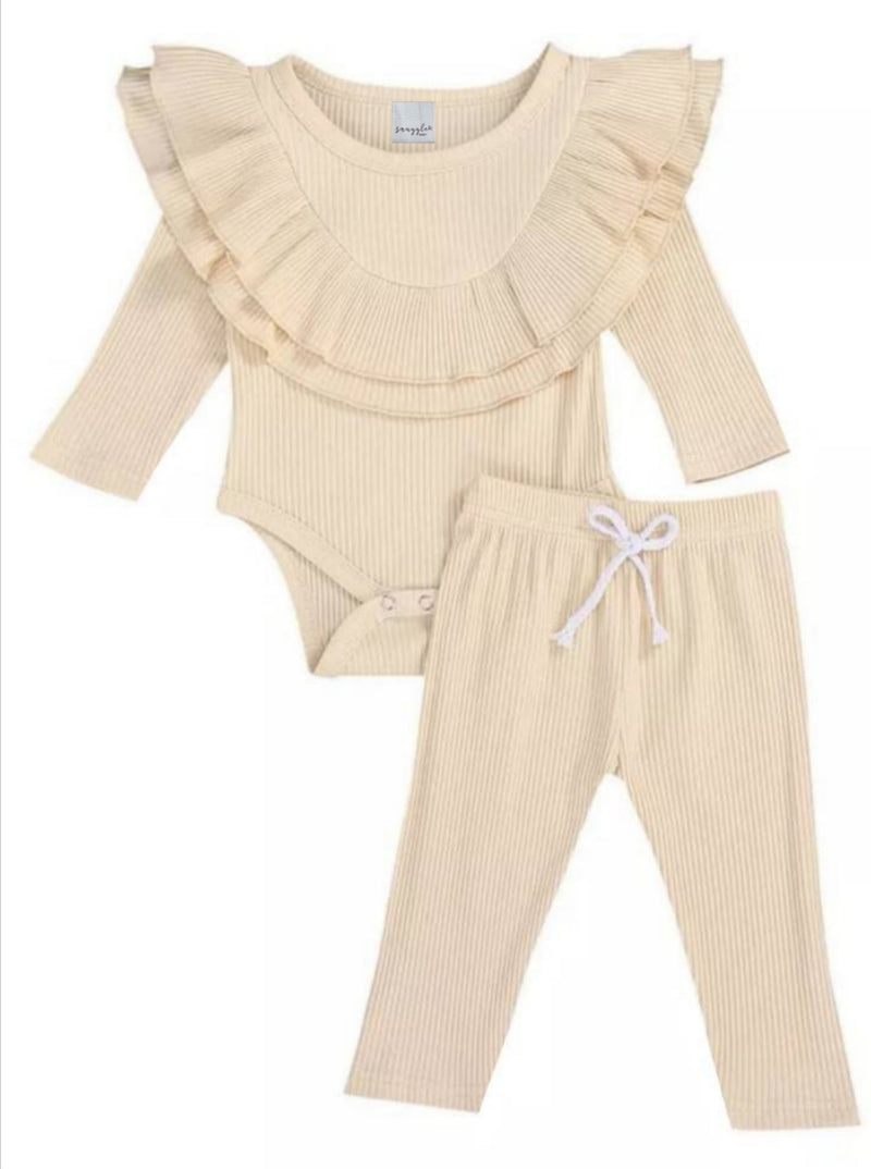 Cream collar ruffle set
