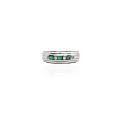 Channel-Set Diamond & Emerald Fluted Band
