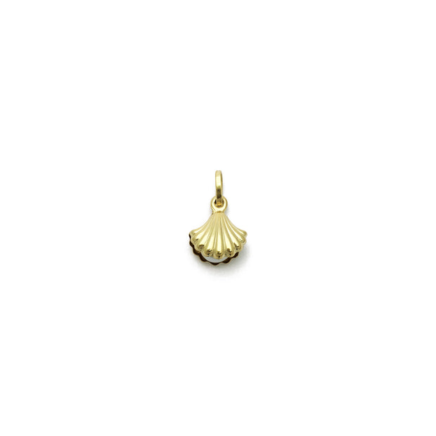 Pearl-in-Oyster Pendant (14K) front - Lucky Diamond - New York