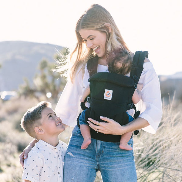 Omni 360 Baby Carrier: Pure Black