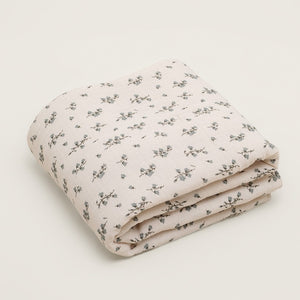 Bluebell Muslin Filled Blanket