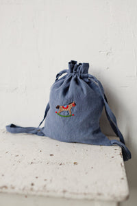 Linen Backpack 23x28cm (Dusty Blue /rocking horse)2