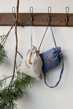 画像をギャラリービューアに読み込む, Linen Backpack 20×25cm (dusty blue/fawn and pine branch)2