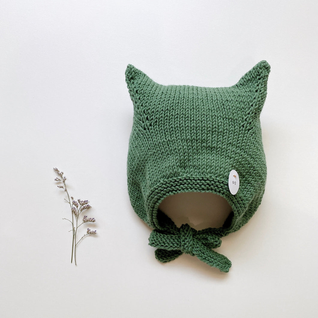 Kitty bonnet light/ Green forest