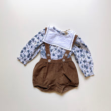 画像をギャラリービューアに読み込む, Maeve sailor collar romper - blue watercolour floral
