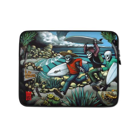 """Hurricane assault @ La Punta"" Laptop Sleeve - 15 in"