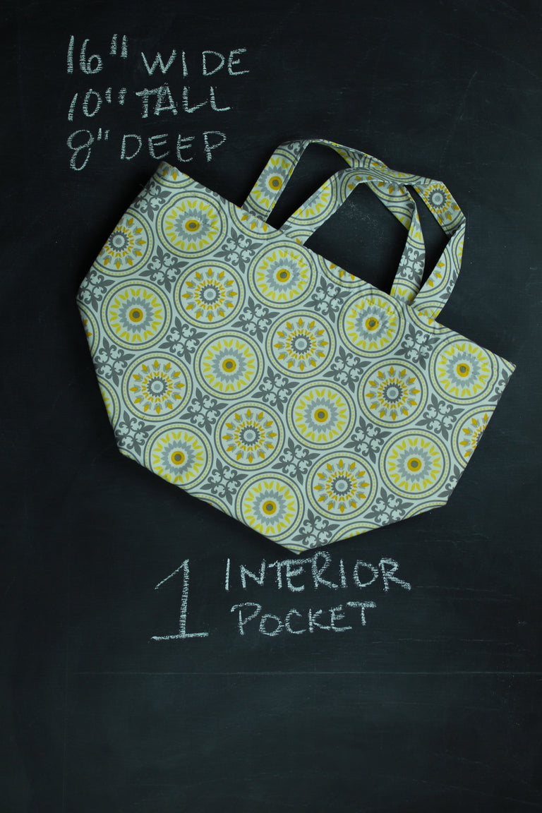 Bucket Tote Bag in Yellow Medallion
