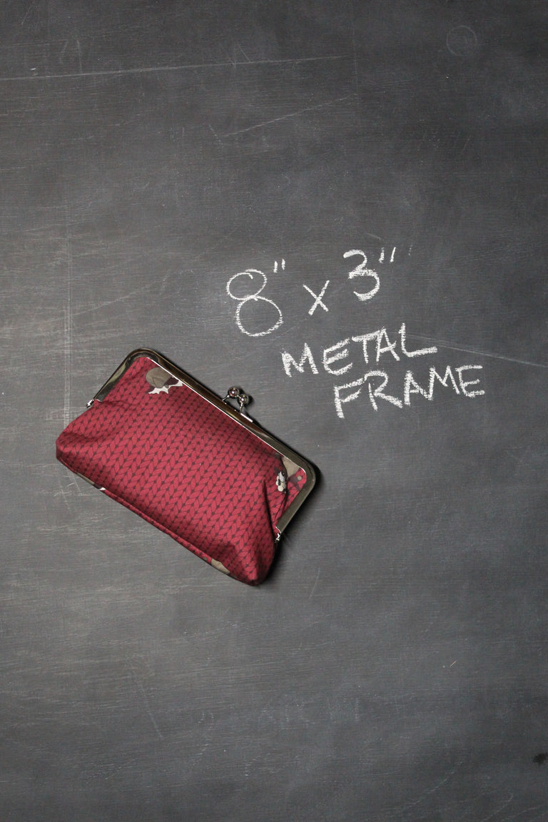 Chomp Chomp Clutch Bag in Burgundy Stockinette Sheeple