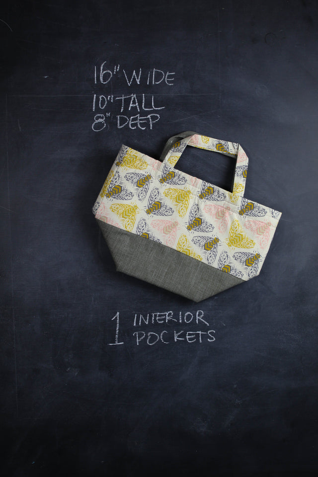 Bucket Tote Bag in Bees