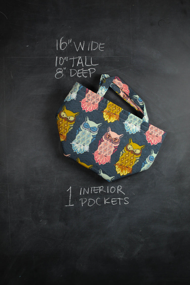 Bucket Tote Bag in Angry Owls
