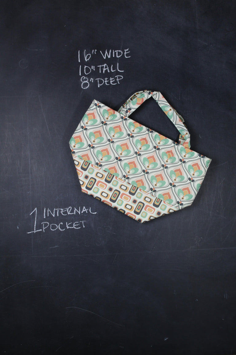 Bucket Tote Bag in 70's Hearth and Home