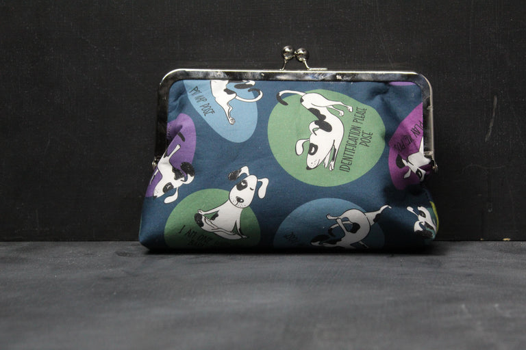 Chomp Chomp Clutch Bag in 00's Downward Dog