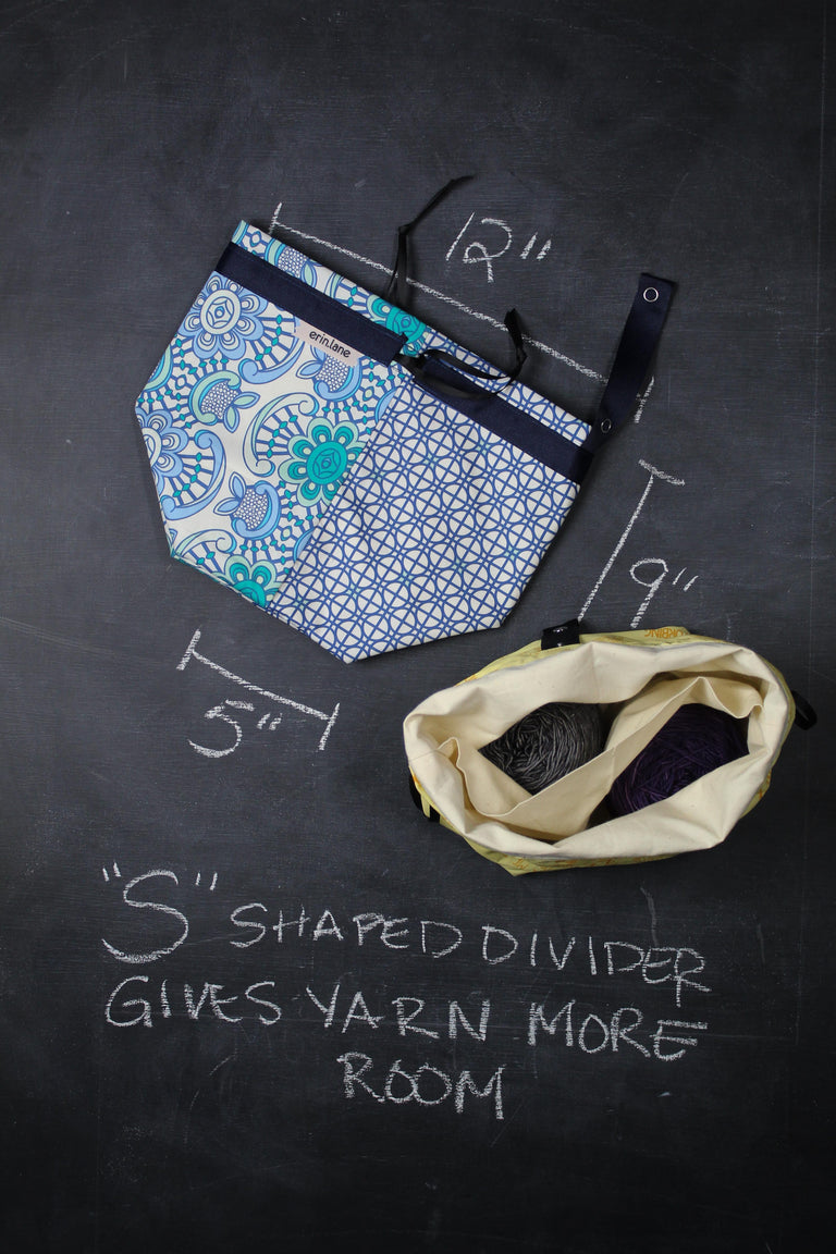 Twofer Project Bag in Blue Filigree