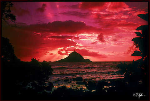 Alau Island Sunrise Photograph