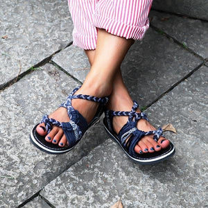 STOCKPINK Lace-up Beach Sandals
