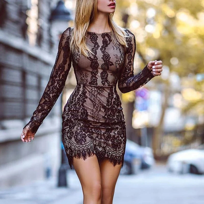 Sexy Round Neck Lace Detail Date Dresses