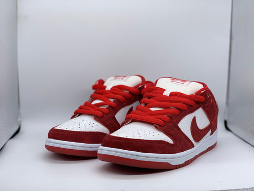 2014 Valentine Dunk Low size 6