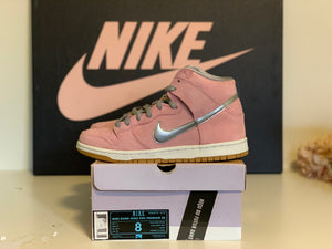 When pigs fly Dunk High size 8