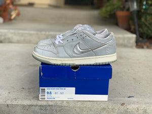 Medicom 3 Nike Dunk Low size 9.5