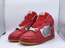 Load image into Gallery viewer, Mork and Mindy Dunk High size 7