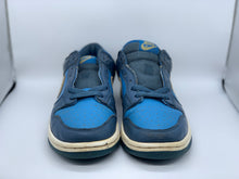 Load image into Gallery viewer, Clear Water 2002 Dunk Low size 8.5