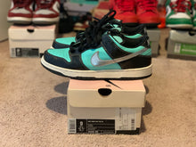 Load image into Gallery viewer, Tiffany Dunk Low size 9