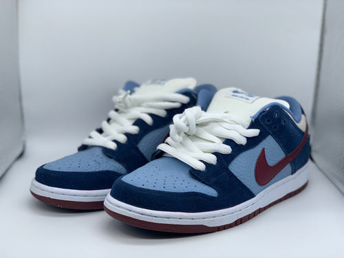 FTC Dunk Low size 9