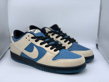 Load image into Gallery viewer, Thunderstorm Dunk Low size 11