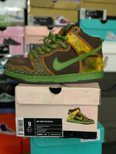 Load image into Gallery viewer, Nike SB De La Soul Dunk High