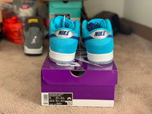 Load image into Gallery viewer, Blue fury Dunk Low size 9 DS