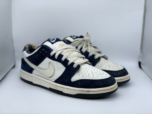Navy 2002 Dunk Low size 8