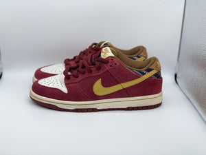 Ron burgundy Dunk Low size 4