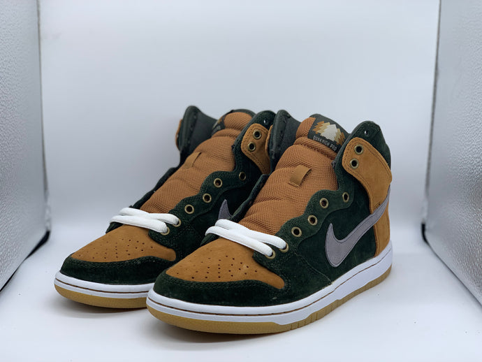Homegrown Dunk Low size 7.5