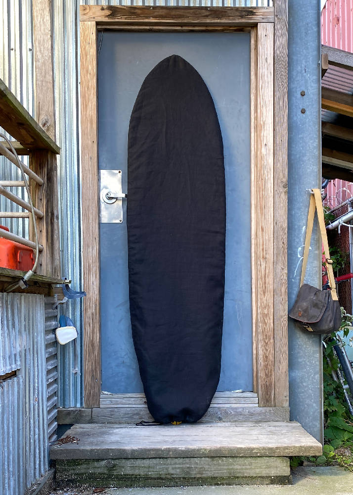 Load image into Gallery viewer, Baja Midnight Black Retro 67 Surfboard Bag