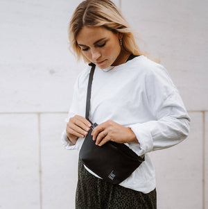 Sustainable shoulder bag